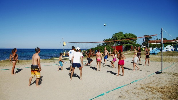nexus-bungalow-club-hotel_sport-beach-volley-1